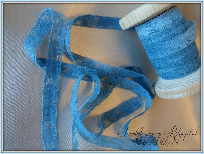 Dentelle ancienne bleu petrole 2