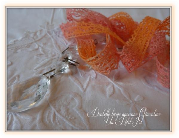 Dentelle ancienne large clementine un petit fil 2