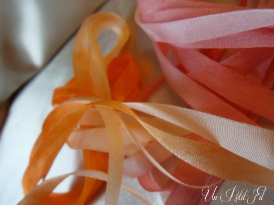 Presentation rubans corail et capucine 7 mm