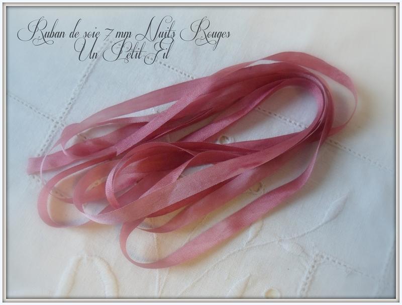 Ruban de soie 7 mm nuits rouges un petit fil