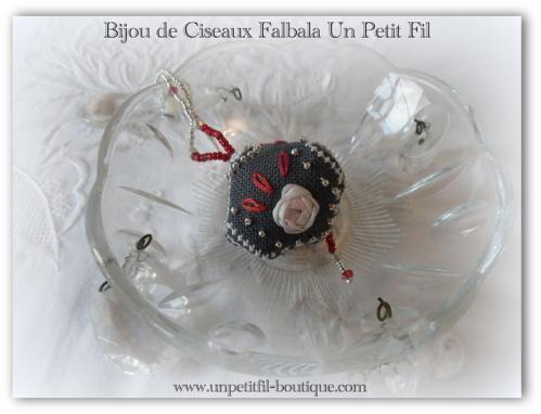 Bijou de ciseaux falbala un petit fil 6