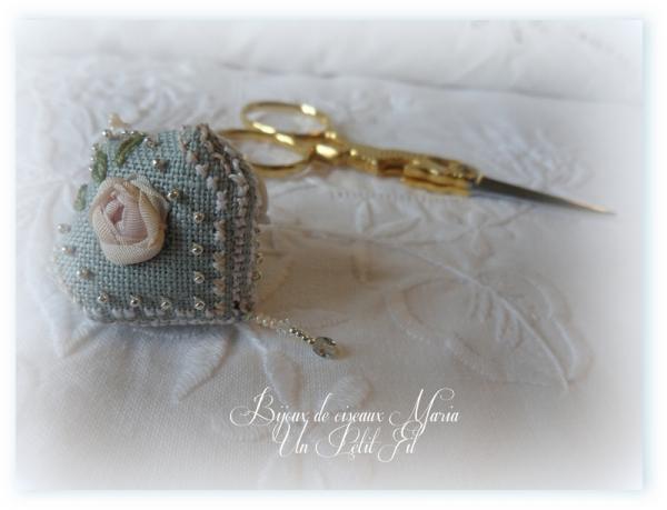 Bijoux perle de ciseaux un petit fil 3