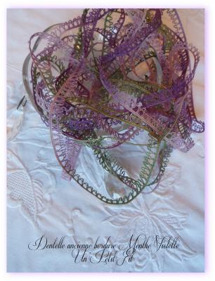 Dentelle ancienne Menthe Violette bordure