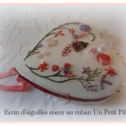 Kit Écrin d'aiguilles au ruban (fils coton et rubans de soie)