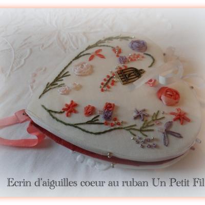 Kit Écrin d'aiguilles au ruban ( Rubans de soie et fils coton)
