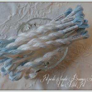 Fil perle 8 brumes bleues un petit fil 1