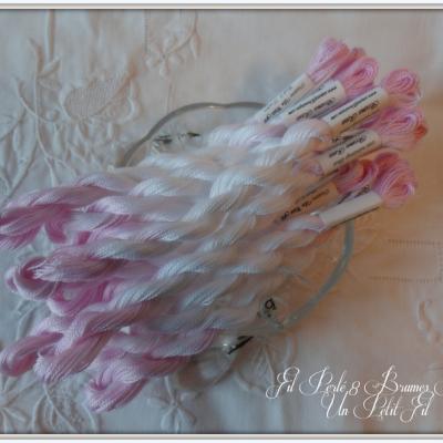 Fil Perlé 8 Brumes Roses