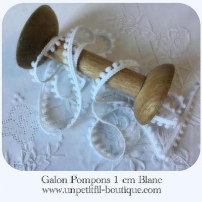 Galon pompons Blanc