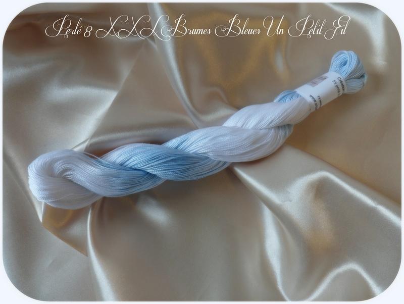 Perles 8 xxl brumes bleues un petit fil
