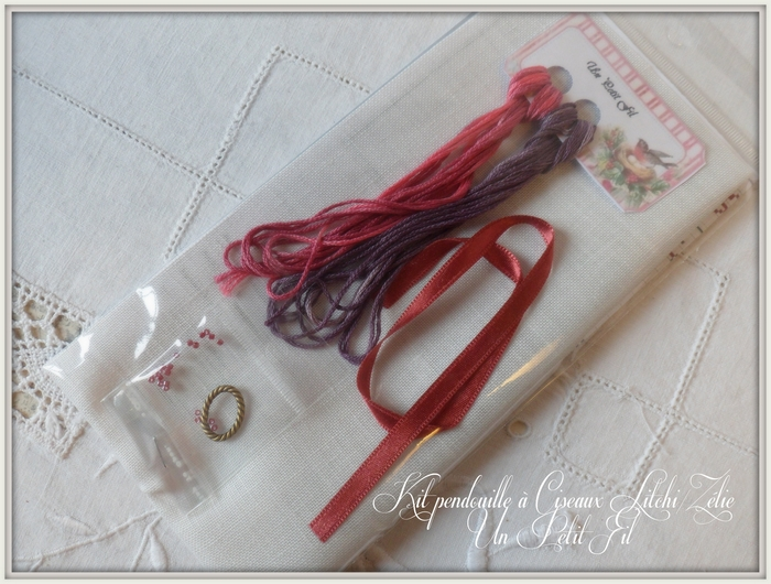 Presentation kit pendouille a ciseaux zelie litchi