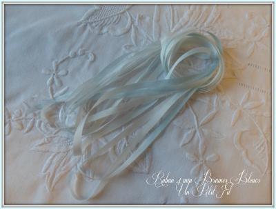 Ruban de soie Brumes Bleues 4 mm