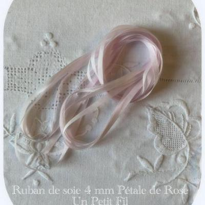 Ruban de soie  Pétale de Rose  4 mm
