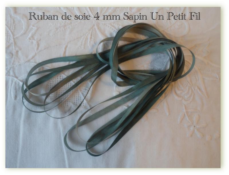 Ruban de soie 4 mm sapin un petit fil