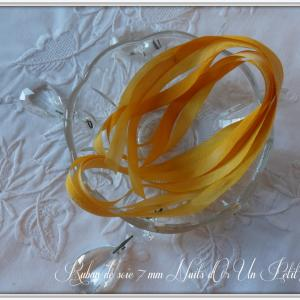 Ruban de soie 7 mm nuits d or un petit fil