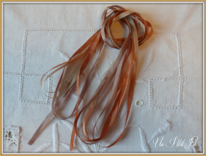 Ruban soie 4 mm caramel un petit fil 2