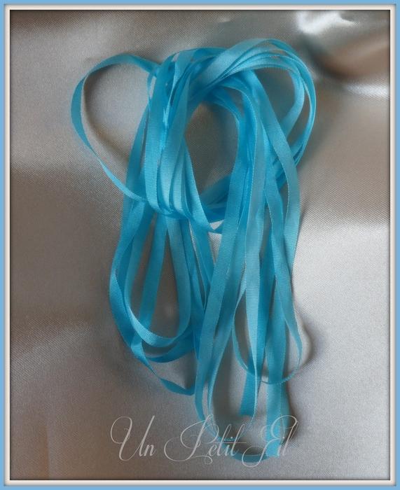 Ruban turquoise