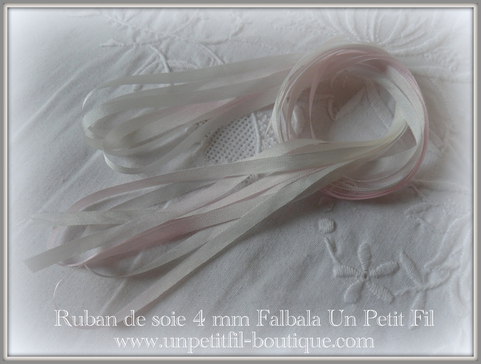 Rubans 4 mm falbala un petit fil
