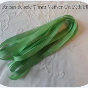 Rubans soie 7 mm vetiver un petit fil