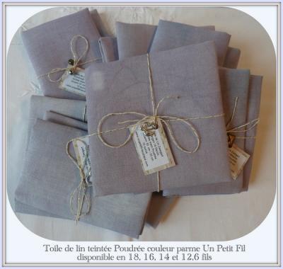 Toile teintée Poudrée 12,6 fils  31 cm X 32 cm